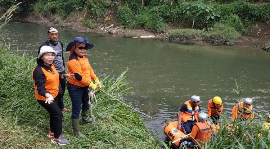Sambut HUT RI Ke-74, BPBD Provsu Gelar Bakti Sosial Bersihkan Sungai