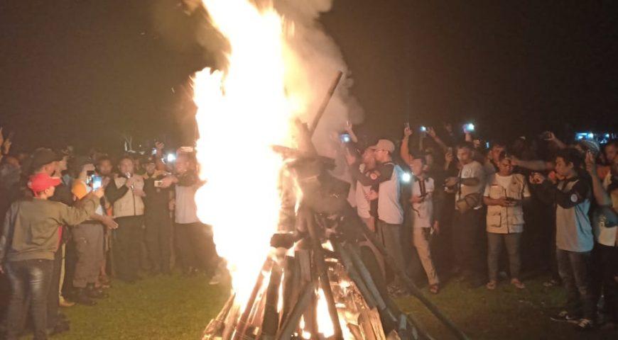 Gubsu Tutup Jambore Kesiapsiagaan Bencana Provinsi Sumut dengan Penyalaan Api Unggun